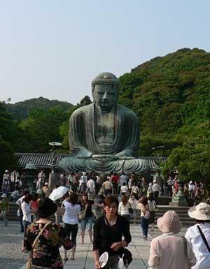 daibutsu tourists