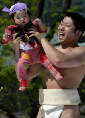 crying sumo
