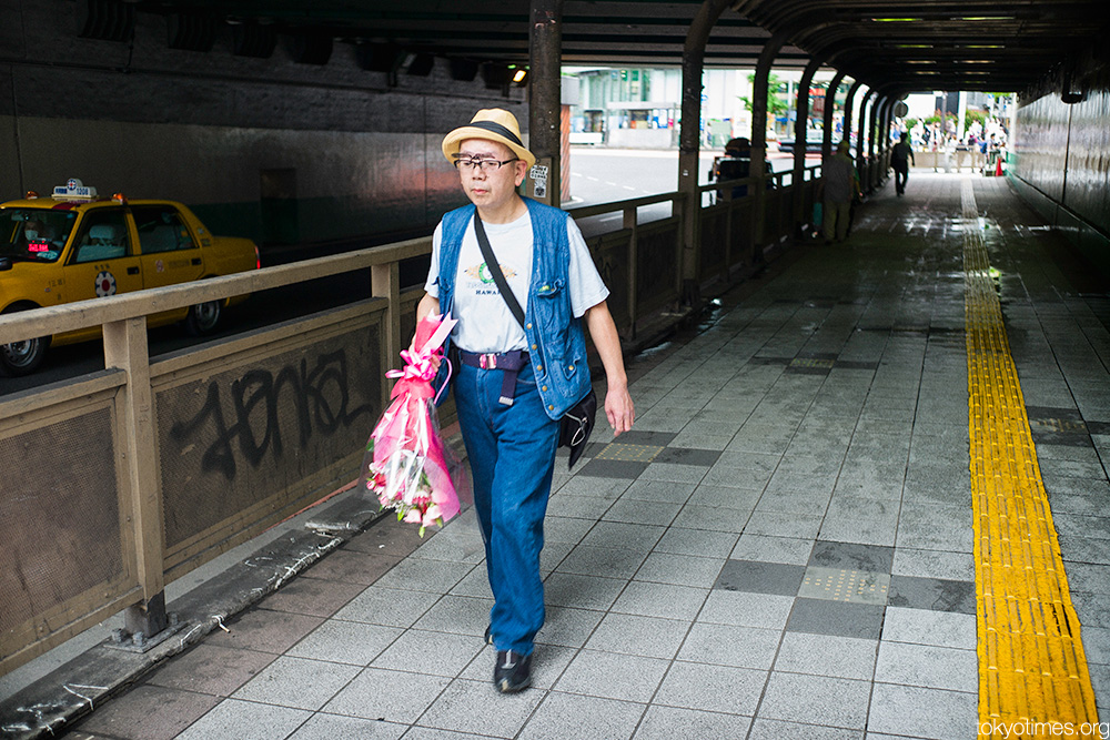 Japanese man in Tokyo on a blind date