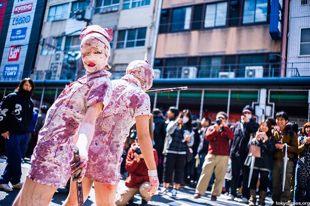 sexy Japanese Silent Hill nurse cosplay