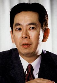 kazuhide uekusa