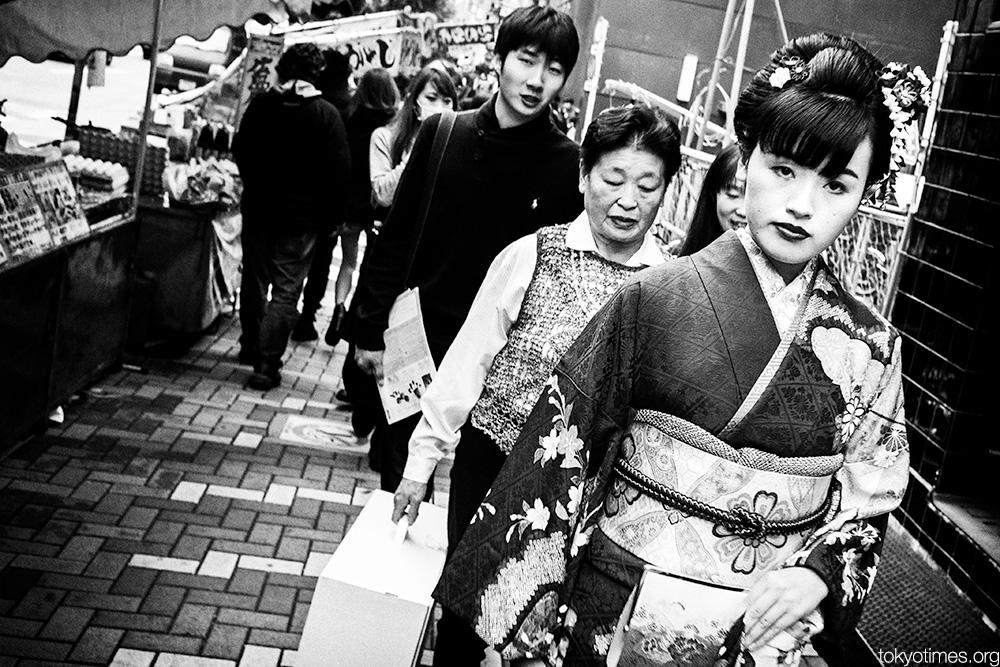 Japanese kimono looks