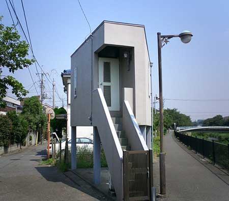 little_house01.jpg