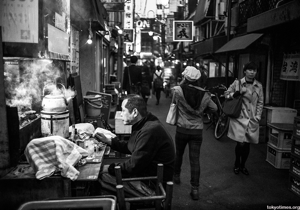 outdoor drinks in timeless Tokyo