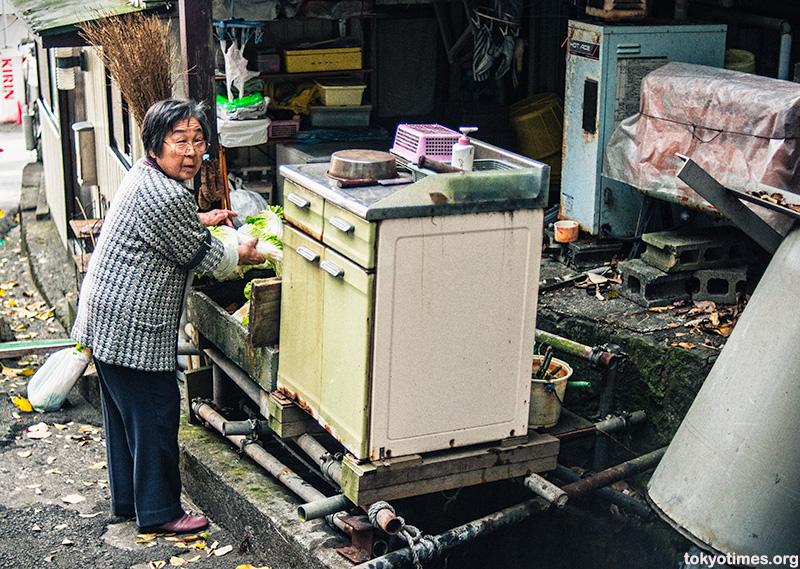 low-tech Japanese kitchen