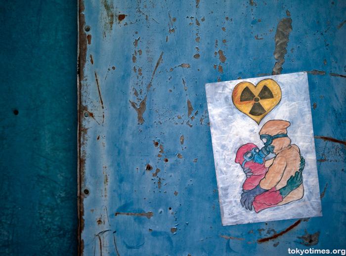 radioactive love graffiti