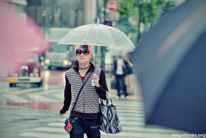 Shibuya fashion in the rain