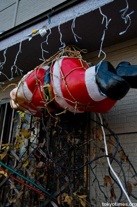 Japanese Santa and sadomasochism