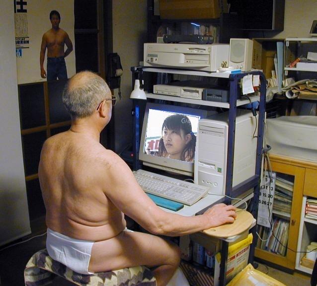 http://www.wordpress.tokyotimes.org/archives/salary_man_loincloth04.jpg