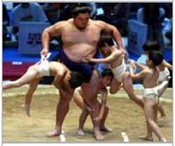 sumo_wedgie02.jpg