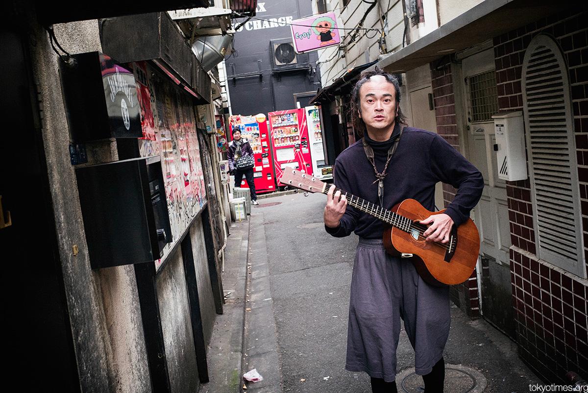 Tokyo samurai-like street musician