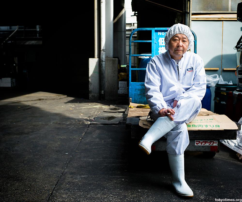Tsukiji fish market worker