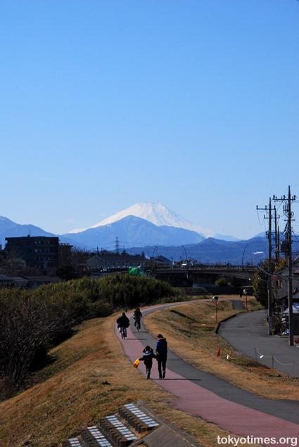 Fuji from Tokyo