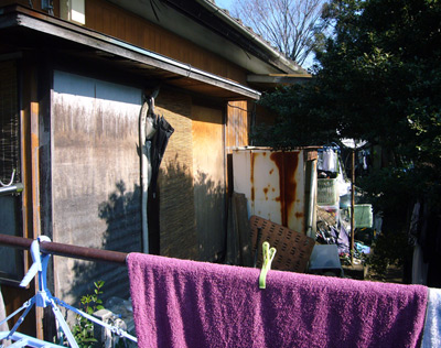 https://www.tokyotimes.org/archives/washing_outside.jpg
