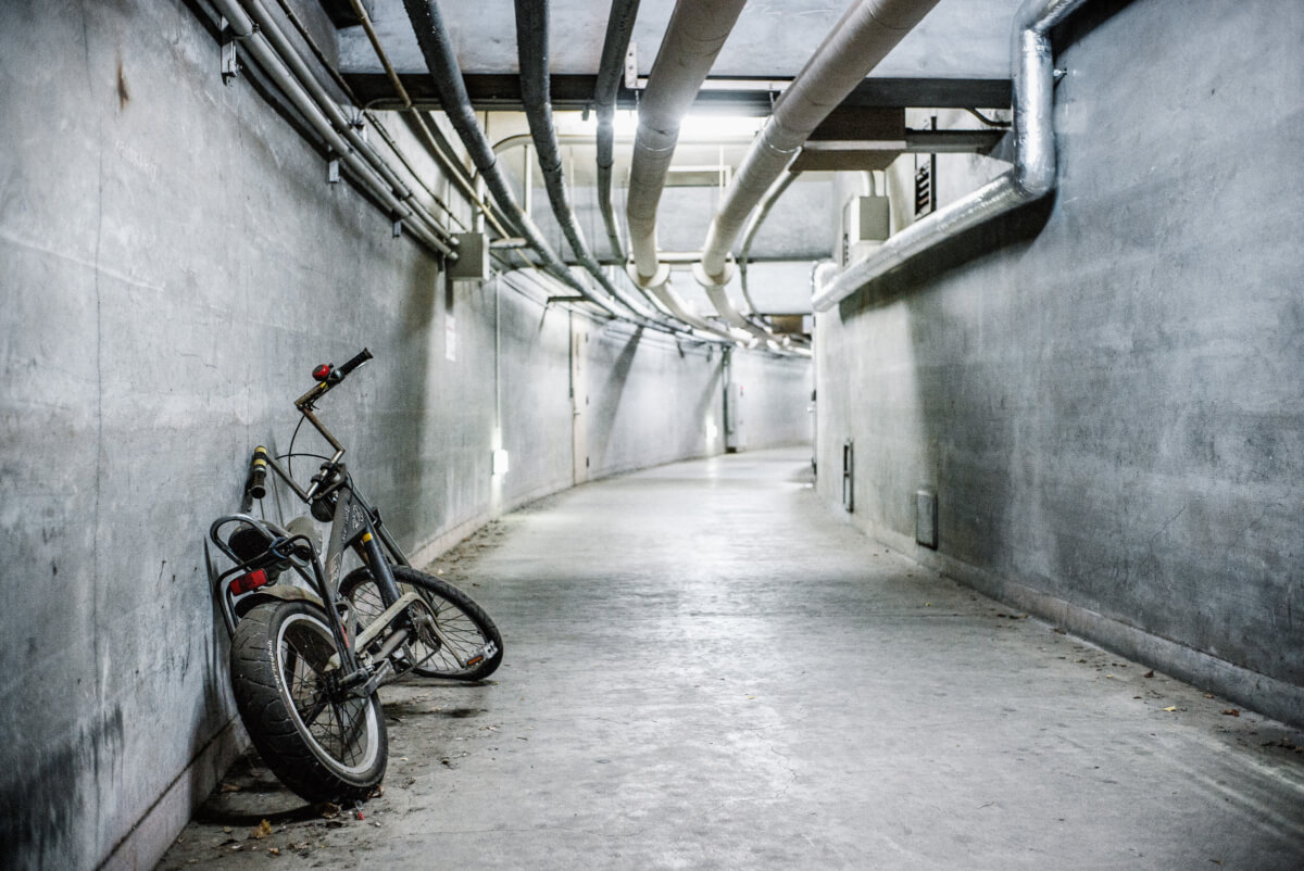 dystopian tokyo tunnel