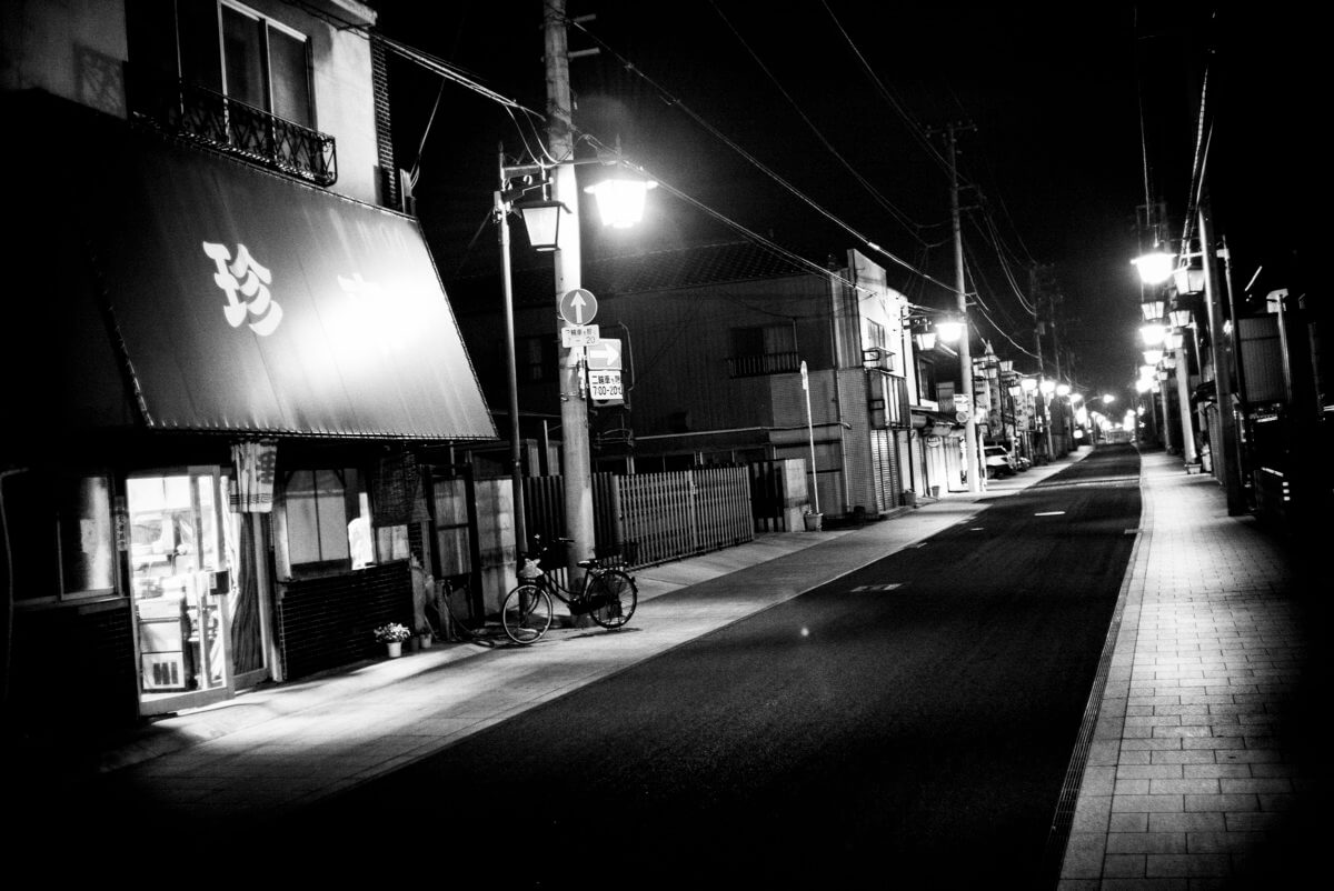 empty and shuttered Japanese street