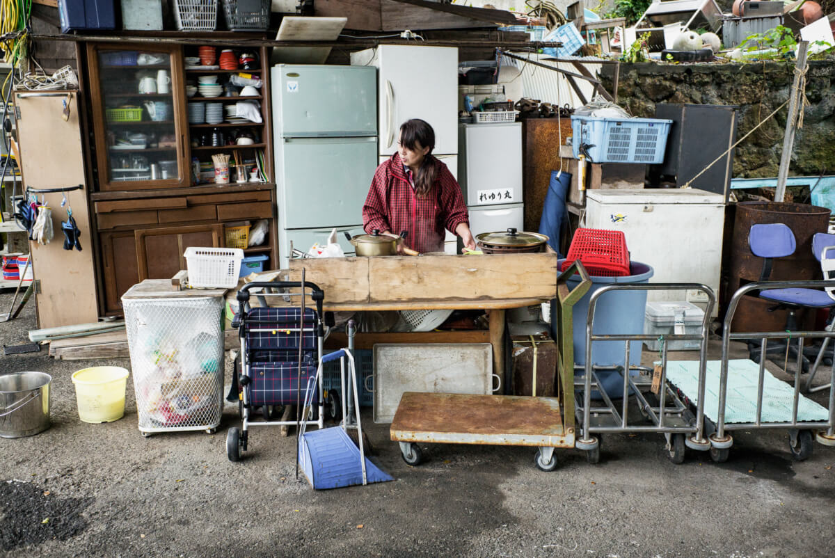 an outdoor and fully equipped Japanese kitchen