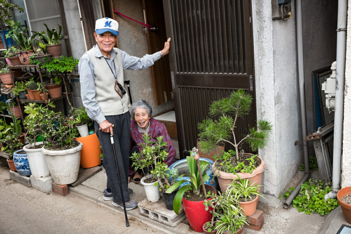 The loveliest of lovely old Japanese couples