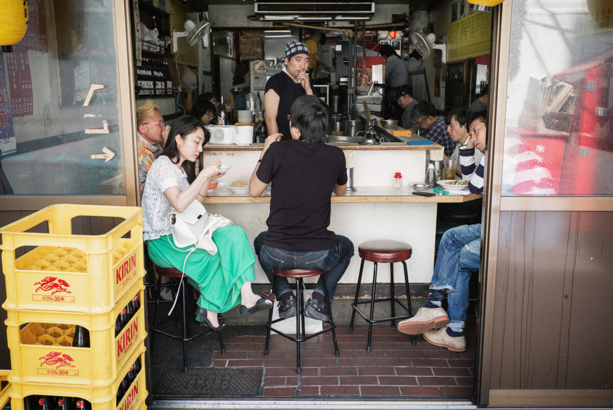 Tokyo lunch time looks and tension