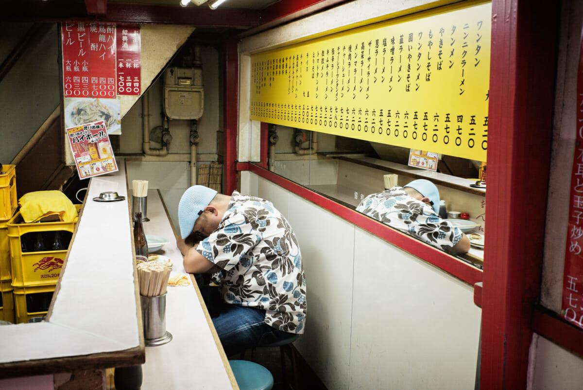 sleeping in a Tokyo ramen shop