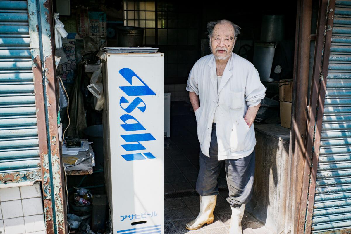 Tokyo side street portrait