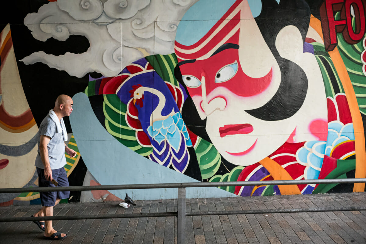 traditional Japanese urban art in Tokyo