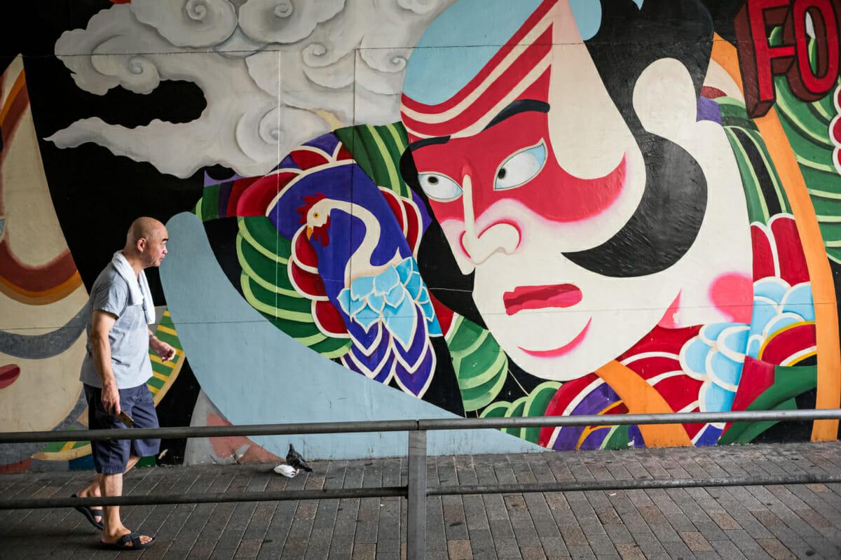 traditional Japanese urban art in Tokyo