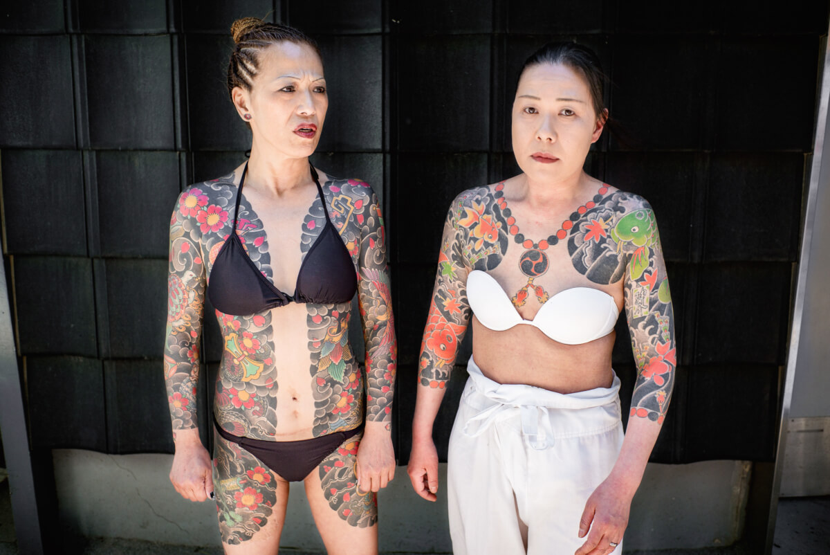 japanese women with traditional tattoos in tokyo